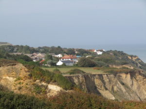 -2018-10-05_Overstrand_from_the_Norfolk_Coast_Path_in_Sidestrand